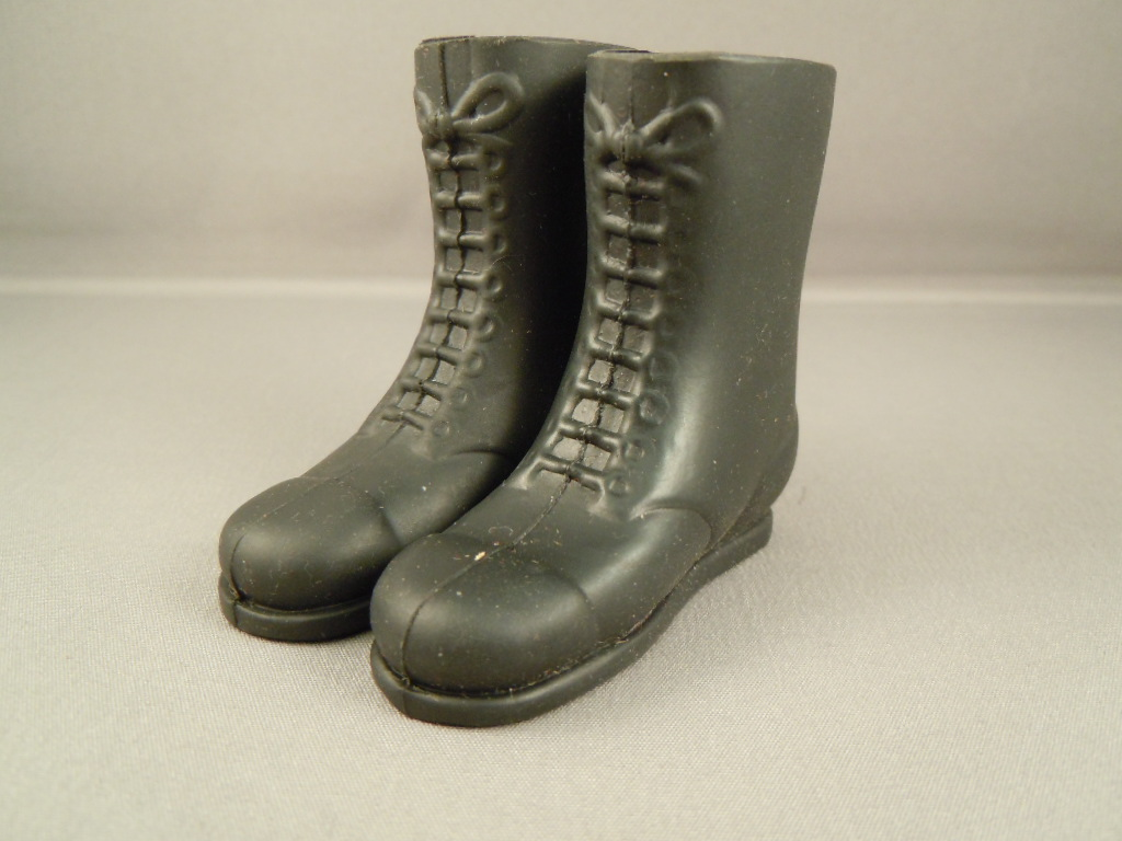 VINTAGE ACTION MAN 40th LOOSE ACTION SOLDIER LONG BLACK BOOTS